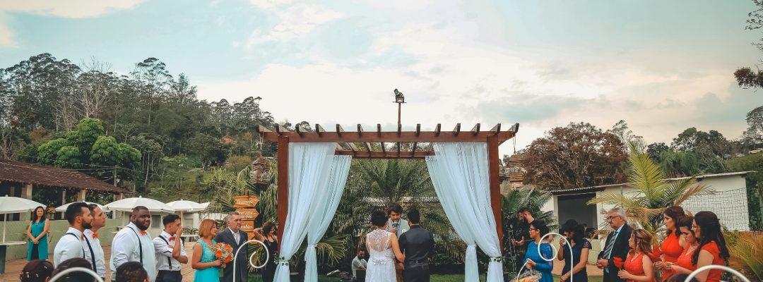 Roteiro para celebrante de casamento: passo a passo para tornar sua cerimônia inesquecível e especial